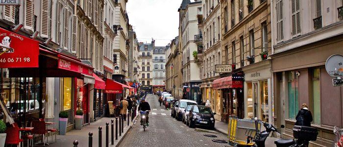 Beobachtung zu Fuß in Paris.